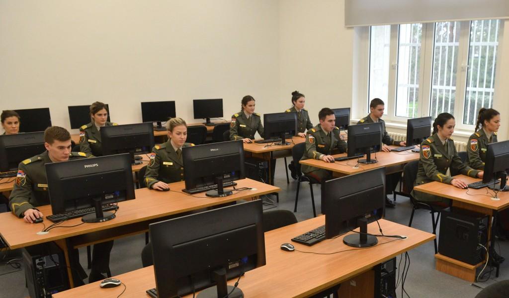 Онлајн платформа Војне академије за припрему пријемног испита из математике