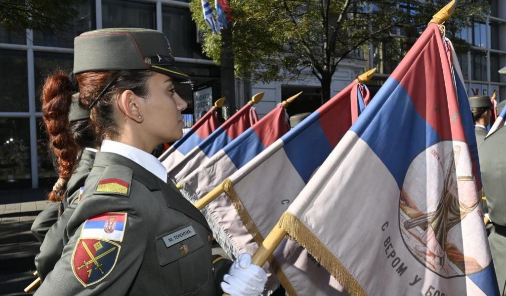 """Кадети Војне академије учествовали су у меморијалном дефилеу """"Победа слободе"""""""